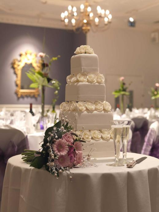 Traditional Wedding Cake at the White Hart Hotel Lincoln